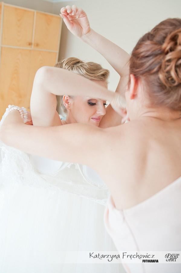 fotografia-slubna-bielsko-przygotowania-panna-mloda_105 Fotografia ślubna - przygotowania