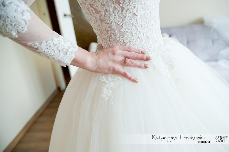 fotografia-slubna-bielsko-przygotowania-panna-mloda_109 Fotografia ślubna - przygotowania