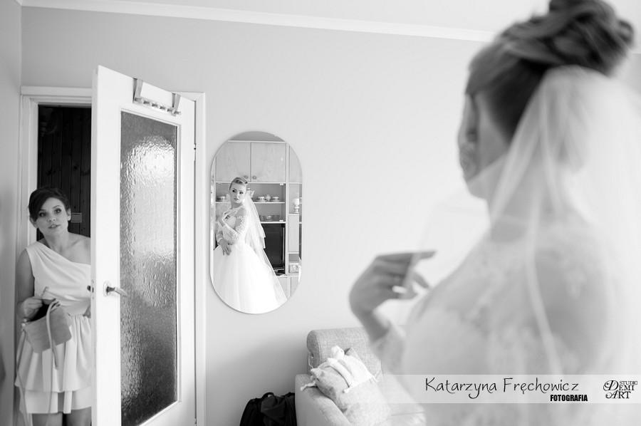 fotografia-slubna-bielsko-przygotowania-panna-mloda_114 Fotografia ślubna - przygotowania