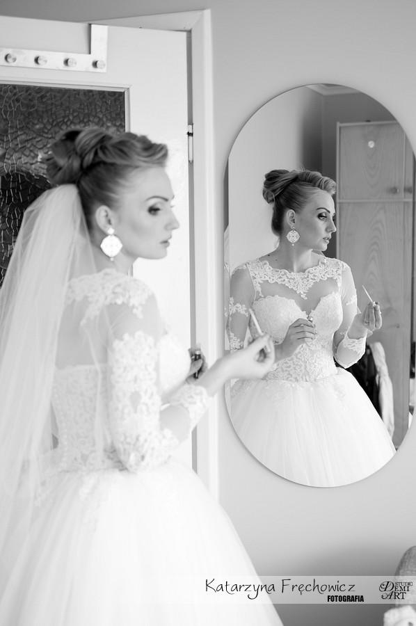zdjecia-slubne-bielsko-przygotowania-panna-mloda_117 Fotografia ślubna - przygotowania