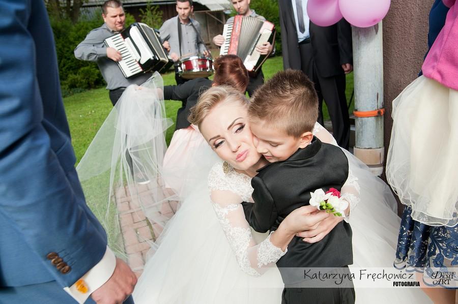 zdjecia-slubne-bielsko-przygotowania-panna-mloda_123 Fotografia ślubna - przygotowania