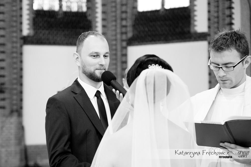 DSC_174 Reportaż z ceremonii ślubnej  w Katowicach