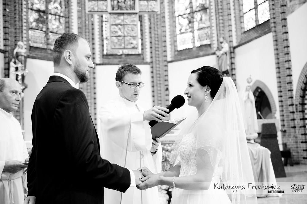 DSC_189 Reportaż z ceremonii ślubnej  w Katowicach