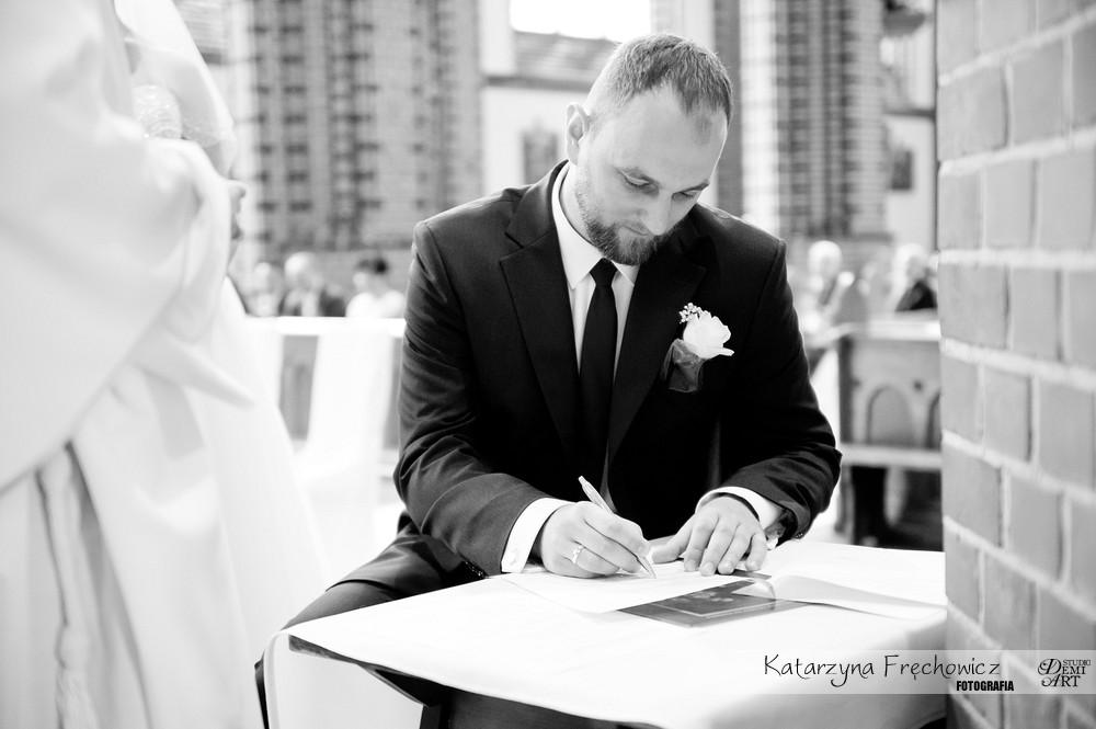 DSC_193 Reportaż z ceremonii ślubnej  w Katowicach